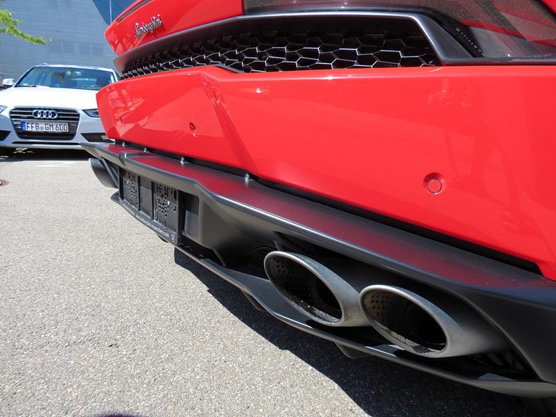 http://www.sportwagen-versicherungen.de/wp-content/uploads/Lamborghini_Huracan_LP_610-4-4.png
